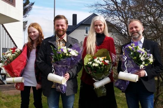 Á myndinni eru (frá vinstri) Sigurjóna Rós Benediktsdóttir, sem tók við viðurkenningunni fyrir hönd Guðna Líndal Benediktssonar, Hilmar Örn Óskarsson, Kristín Ragna Gunnarsdóttir og Bergur Þór Ingólfsson.